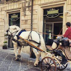 Tabarè Shop, Ortigia, Syracuse. It recreates the atmosphere of the ancient sicilian grocery.