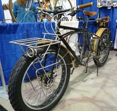 Big Dumb Pug — a clever builder's concept for a fat cargo bike (a hybrid of Surly's Big Dummy cargo bike and their Pugsley fat bike)
