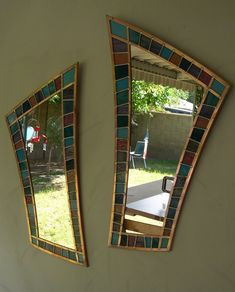 Mirror pair bordered with stained glass in copper channels. Stained Glass with Mirrors Stained Glass Frames, Stained Glass Designs, Stained Glass Projects, Leaded Glass, Stained Glass Art, Stained Glass Windows, Glass Mirrors, Wall Mirrors, Mirror Mosaic