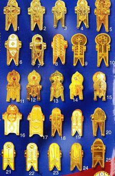 Tamil women thali of different clan
