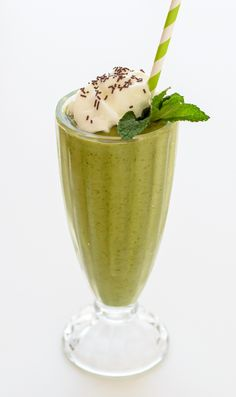Skinny Shamrock Shake made with frozen bananas, avocado and mint. This healthy mint smoothie tastes just like the McDonald's shamrock shake, without the guilt. Vegan and gluten free!