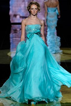 Elegant Evening Dress Beautiful color!