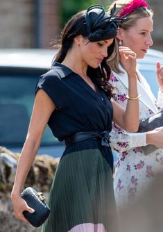 She joined Prince Harry at his friend's nuptials Estilo Meghan Markle, Meghan Markle Style, Prinz Harry Meghan Markle, Meghan Markle Outfits, Princess Meghan, Princess Diana, Kate And Meghan, Prince Harry And Megan, Royal Engagement
