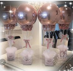 Centerpieces with balloons Balloon Centerpieces, Baby Shower Centerpieces, Balloon Decorations, Girl Baby Shower Decorations, Baby Shower Themes, Wedding Balloons, Birthday Balloons, Shower Party, Baby Shower Parties