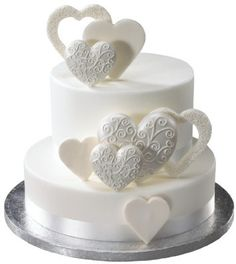 Fancy Scroll Hearts Made of Gum Paste for Weddings and Cake Decorating - Ships Insured! * This listing is for 12 white gum paste scrolled hearts, as shown in first pic. Of these 12 hearts, 6 are 3 White Cakes, White Wedding Cakes, Beautiful Wedding Cakes, Gorgeous Cakes, Pretty Cakes, Gold Wedding, Perfect Wedding, Bolo Fack, Heart Cakes