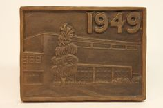 Class of 1949 bronze time capsule cover