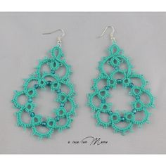 Orecchini in pizzo chiacchierino, lace tatting earrings, orecchini... ($9.72) ❤ liked on Polyvore featuring jewelry and earrings