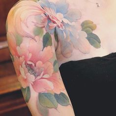 Mesmerizing Tattoos We Could Look at Forever Symbol Tattoos, Body Art Tattoos, Sleeve Tattoos, Pretty Tattoos, Beautiful Tattoos, Cool Tattoos, Tatoos, Pastell Tattoo, Mastectomy Tattoo