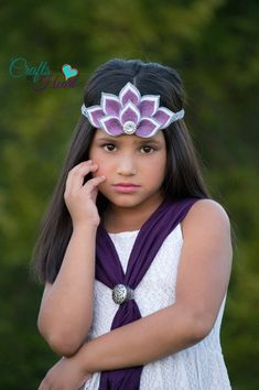 Hey, I found this really awesome Etsy listing at https://www.etsy.com/listing/250480146/felt-crown-headband-felt-halo-felt-tiara