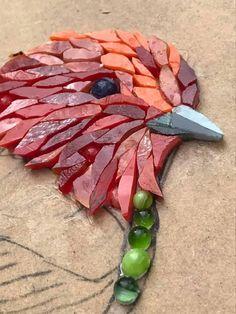 Mosaic Garden Art, Mosaic Tile Art, Mosaic Artwork, Pebble Mosaic, Mosaic Diy, Mosaic Crafts, Mosaic Glass, Mosaic Animals, Mosaic Birds