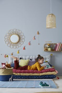 25 Cozy Bedroom Decor Ideas that Add Style & Flair to Your Home - The Trending House Baby Bedroom, Girls Bedroom, Bedroom Decor, Mattress On Floor, Mattress Mattress, Kids Room Design, Kid Spaces, Girl Room, Room Inspiration