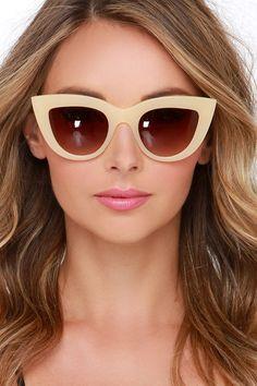Quay Kitti Beige Cat-Eye Sunglassesat Lulus.com!