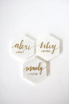 Beautiful White Marble Tile Place Cards with Calligraphy || perfect as unique wedding decor, dinner party name tags, birthdays, anniversaries, gifts, favors and more.  * Please do not purchase this listing > message us for a listing custom for you! * ABOUT This listing is for a set of natural white marble hexagon shaped place cards hand written in calligraphy pen.  COLORS Our polished marble tiles come in a beautiful natural white and grey veined color. Calligraphy comes in gold, copper…