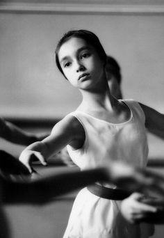 Patricia Whittle, portrait of this young dancer, Royal Ballet, London, 1962, by Bob Willoughby