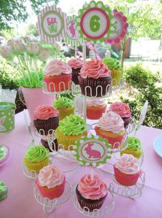 Amanda's Parties TO GO: {Customer Party} - Easter Birthday!