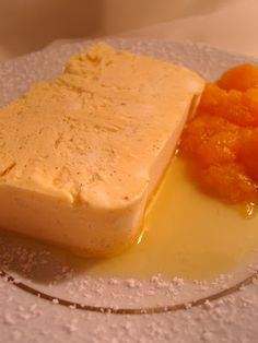 Mandarinchen-Parfait mit Mandarinchen-Karamell-Kompott
