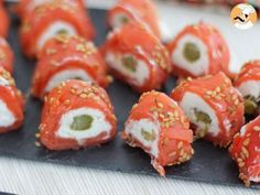 A fancy appetizer, reminding of sushi rolls, perfect for a great dinner party ! - Recipe Appetizer : Salmon rolls with goat cheese - Video recipe ! Fancy Appetizers, Cheese Appetizers, Appetizer Recipes, Low Carb Recipes, Healthy Recipes, Goat Cheese Recipes, Sushi Rolls, Finger Foods, Food Videos