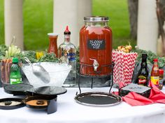 10 Brilliant Ways to Serve Brunch at Your Wedding | TheKnot.com