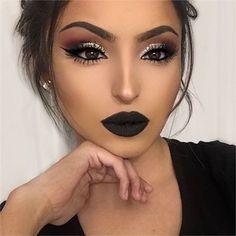 Chic Makeup Looks With Black Lipstick You Would Love To Try; Chic Makeup Looks; Black Makup Looks; Prom Makeup Looks, Cute Makeup, Gorgeous Makeup, Pretty Makeup, Makeup Art, Beauty Makeup, Makeup Ideas, Dark Makeup Looks, Makeup Style