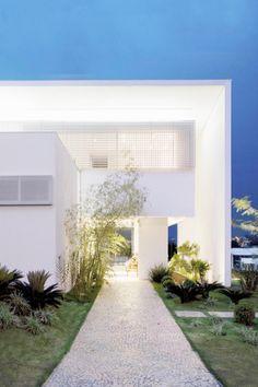 """life1nmotion: """" João Ferreira House / taO Arquitetura """""""