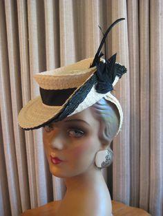 JAUNTY 40'S IVORY STRAW TILT/HAT