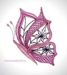 33 - Velký paličkovaný motýl - velikost krajky 22x18 cm :: Kouzlo nití
