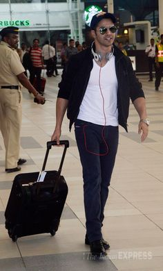 Varun Dhawan at Mumbai airport. #Bollywood #Fashion #Style #Handsome