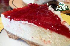 Çilekli Cheesecake Tarifi nasıl yapılır? 447 kişinin defterindeki Çilekli Cheesecake Tarifi'nin resimli anlatımı ve deneyenlerin fotoğrafları burada. Yazar: Zeynep Özdemir
