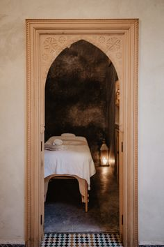 BE relaxed and enjoy a traditional massage. Marrakech, Massage, Old Things, Relax, Traditional, Home Decor, Steam Room, Decoration Home, Room Decor