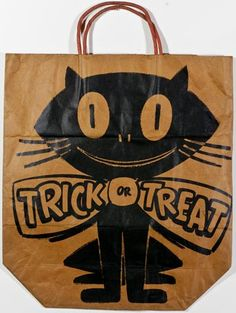 1960 rare bag with a bowtied cat. It is 14 inches tall (not including handle)… Halloween Tricks, Halloween Bags, Halloween Trick Or Treat, Halloween Town, Halloween Stuff, Vintage Halloween, Halloween Crafts, Happy Halloween, Halloween Decorations