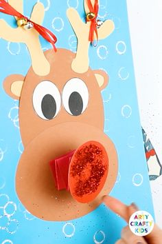 christmas crafts reindeer A playful Christmas Craft for kids that focuses on shape and movement. With a shake shake shake, Rudolph will jingle. His nose bounces and Kids need to play with the round shapes to form their reindeers. Diy Christmas Decorations For Home, Christmas Crafts For Kids, Holiday Crafts, Decoration Crafts, Winter Christmas, Christmas Gifts, Christmas Runner, Pallet Christmas, Christmas Quotes