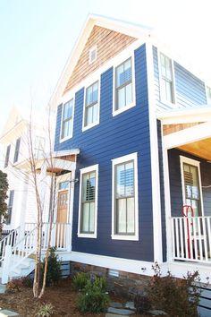 29 Ideas house exterior blue modern farmhouse for 2019 Blue Siding, Clapboard Siding, Exterior House Colors, Exterior Design, Exterior Paint, Siding Colors, Navy Blue Houses, Blue House White Trim, Black Trim
