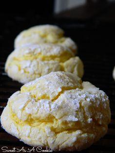 Crinkles - citrónovo kokosové Suroviny 90 g kokosu 240 g hladkej múky 150 g cukru 2 lyžičky kypriaceho prášku do pečiva (PDP ale...