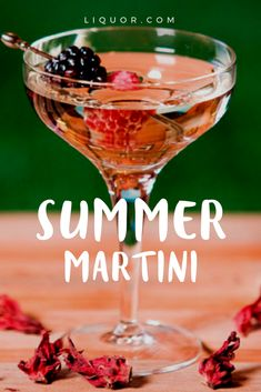 Kick back and relax while sipping on this amazing #summer #martini