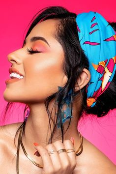 Becky G and Colourpop teamed up to create a new collection that is already serving up serious inspiration. The Colourpop x Becky G Viva collection was Becky G Makeup, Becky G Hair, Becky G Style, Selena, Marie Gomez, Huda Beauty, Makeup Looks, Eye Makeup, Fashion Beauty