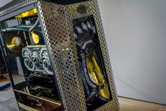 This custom computer is a diy project by Aguilar Assains Creed, Diy Computer Case, Pc Tower, Tower Games, Cooler Master, Pc Cases, Custom Computers, Landline Phone, 3d Printing