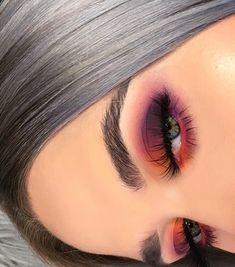 38 Tipps leicht Augen Make-up für Frauen 2019 Eye Makeup eye makeup using spoon Makeup Eye Looks, Eye Makeup Tips, Cute Makeup, Prom Makeup, Eyeshadow Looks, Makeup Inspo, Eyeshadow Makeup, Makeup Inspiration, Makeup Brushes