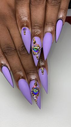 Staleto Nails, Wow Nails, Nails Now, Pointy Nails, Bling Acrylic Nails, Rhinestone Nails, Chic Nails, Classy Nails, Exotic Nail Designs