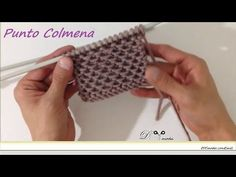 knitting the first two rows of a brioche stitch for scarves and hats Diy Crochet And Knitting, Crochet Cross, Knitting Stiches, Knitting Videos, Crochet Videos, Tunisian Crochet, Lace Knitting, Stitch Patterns, Knitting Patterns