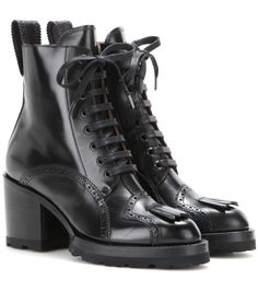 DRIES VAN NOTEN Leather Lace-Up Ankle Boots. #driesvannoten #shoes #boots