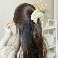 Hair Barrettes, Hair Clips, Hair Inspo, Hair Inspiration, Ulzzang Hair, Aesthetic Hair, Dream Hair, Pretty Hairstyles, Hair Looks