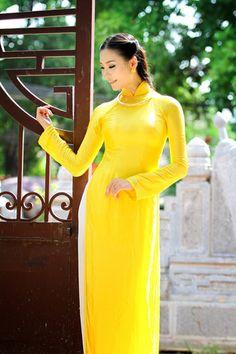 Á hậu Thùy Trang dịu dàng đón Tết - Ngoisao Ngôi sao