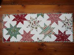 Blueberry Patch: Wonky Wonky Little Star Table Runner Tutorial