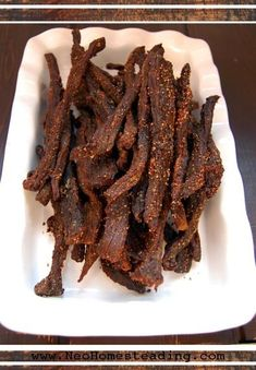 Oven Dried Peppered Beef Jerky Recipe 2 pounds beef cup tamari, or Coconut… Simple Beef Jerky Recipe, Peppered Beef Jerky Recipe, Best Beef Jerky, Homemade Beef Jerky, Deer Jerky Recipe In Oven, Black Pepper Jerky Recipe, Spicy Jerky Recipe, Oven Jerky, Jerky Recipes