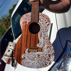 Ideas For Music Drawings Guitar Instruments Music Drawings, Art Drawings, Arte Do Ukulele, Ukelele Painted, Musica Love, Music Instruments Diy, Ukulele Design, Guitar Painting, Guitar Art Diy
