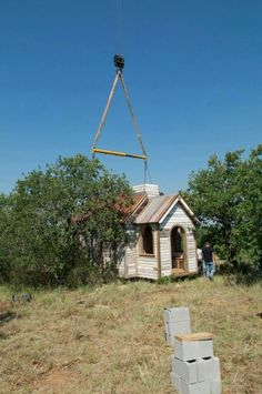 You can see when it was cranes into place the steeple was not on. Tiny Texas Houses, Architecture Design, Cabin, House Styles, Places, Home Decor, Architecture Layout, Decoration Home, Room Decor