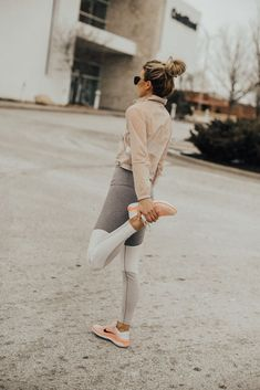 b879b25d7ab5 228 Best Winter workout outfit images in 2019