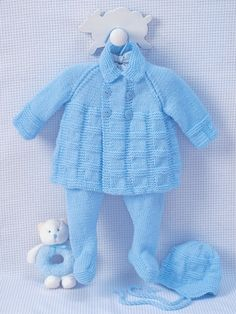 Pram Set | Yarn | Free Knitting Patterns | Crochet Patterns | Yarnspirations