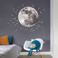 40 Best Wall Decor For Baby Nursery Includes Moon And Stars Wall Sticker, Wall Decals, Mid Century Nursery, Brown Crib, Les Stickers, Bunk Bed Designs, Wall Tattoo, Bedroom Layouts, Baby Bedroom