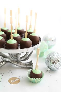 Mint Buttercream Truffles Recipe